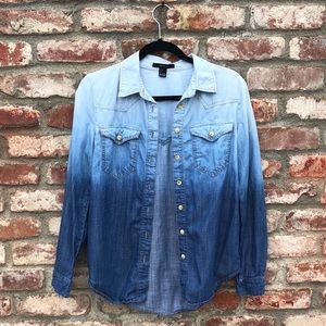 Ombré chambray button-down